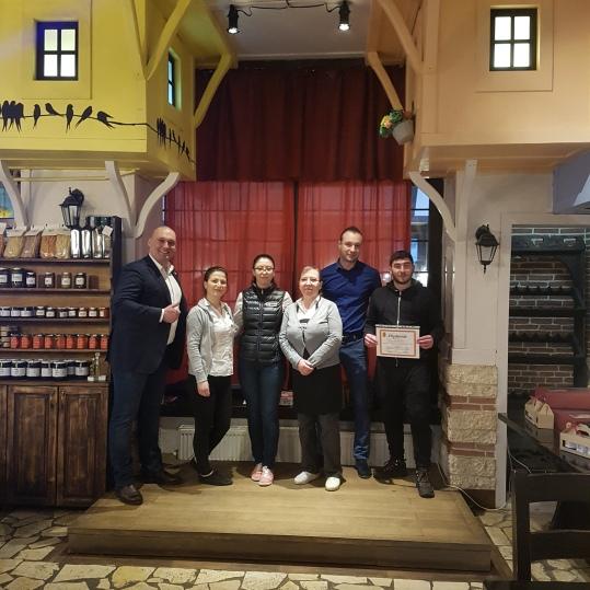 Absolvire curs Tehnica vazarilor in Afacerile cu restaurante